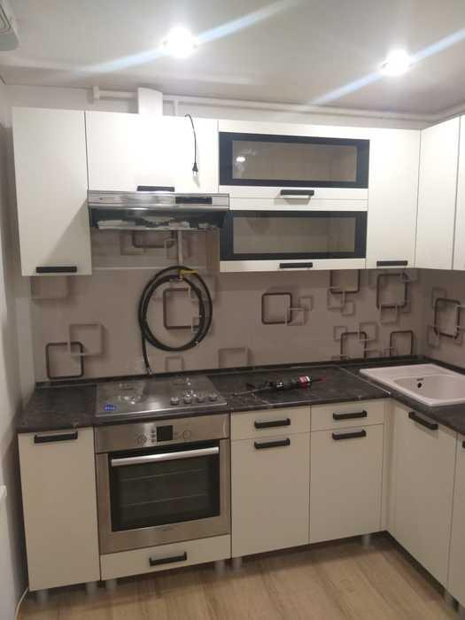 Кухня Контемп модульная угловая индиго-слоновая кость
